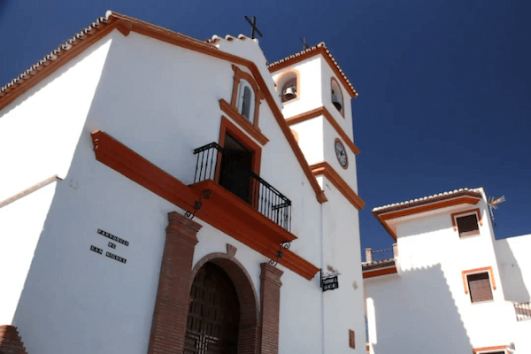 Iglesias | Qué Hacer en Guaro
